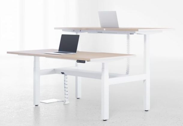 6 Tips On Incorporating Ergonomics With Your Standing Desk!!   Ronnie Moore